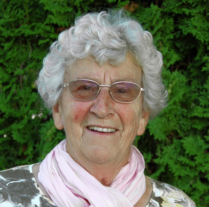 Sie singt seit 63 Jahren engagiert im ...etter Liebenzeller mit: Inge Göttler.     Foto: Pia Grättinger
