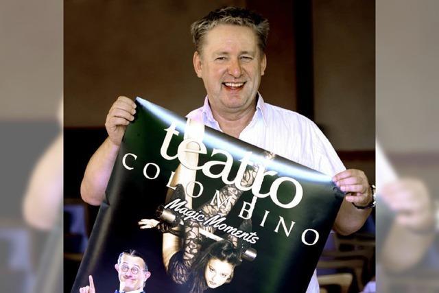 Das Teatro Colombino findet in einem neuen Spiegelzelt statt