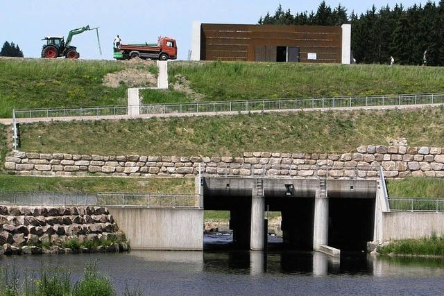 Hochwasser-Rückhaltebecken Wolterdingen wird eingeweiht