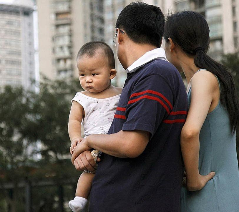 In China  gilt die Ein-Kind-Politik. W...etzt, riskiert eine Zwangsabtreibung.     Foto: dpa