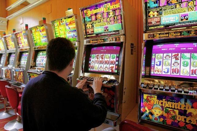 Geldwäsche mit manipulierten Spielautomaten