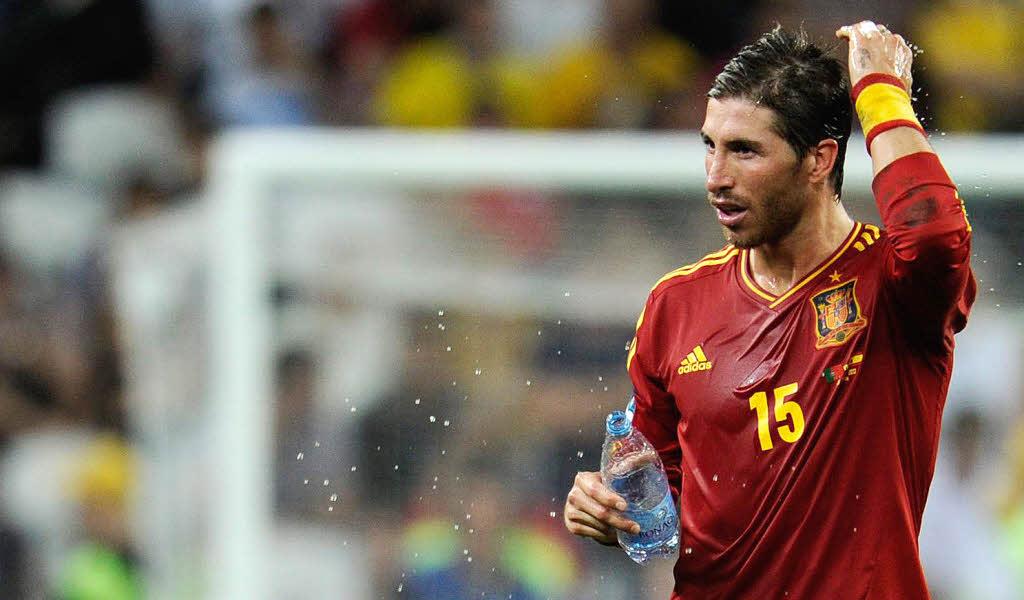 Sergio Ramos Haare Runter Leistung Rauf Fussball Em Badische