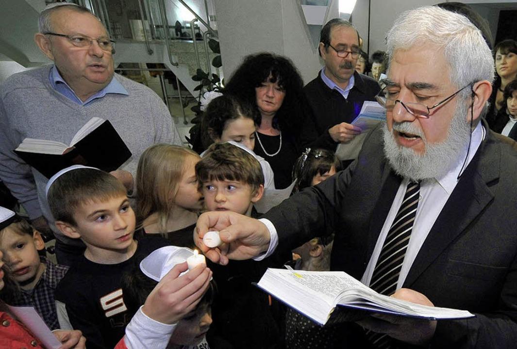 Benjamin Soussan – hier   beim f...estes  in der Freiburger Synagoge 2008  | Foto: Thomas Kunz