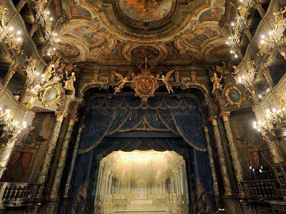 Das Markgräfliche Opernhaus Bayreuth g...Samstag zum Weltkulturerbe der Unesco.  | Foto: dapd