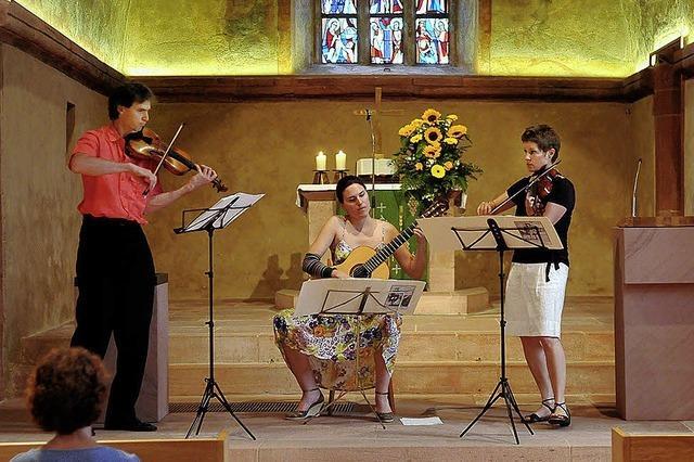 Beschwingte Fiddle-Melodien erreichen die Fußspitzen