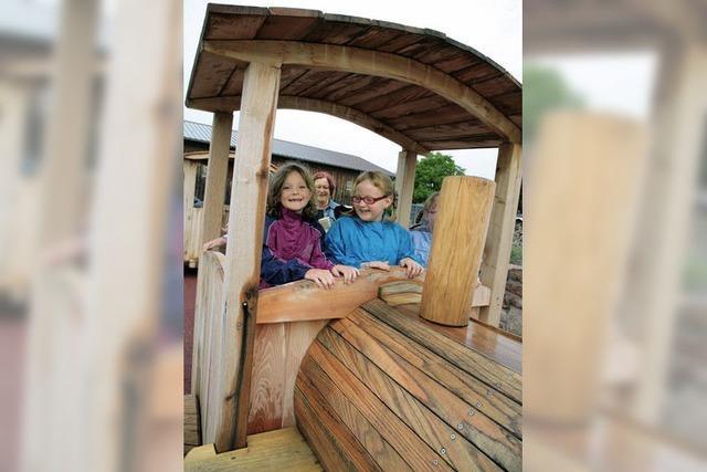 Ein Paradies für Kinder aus Holz und Sand