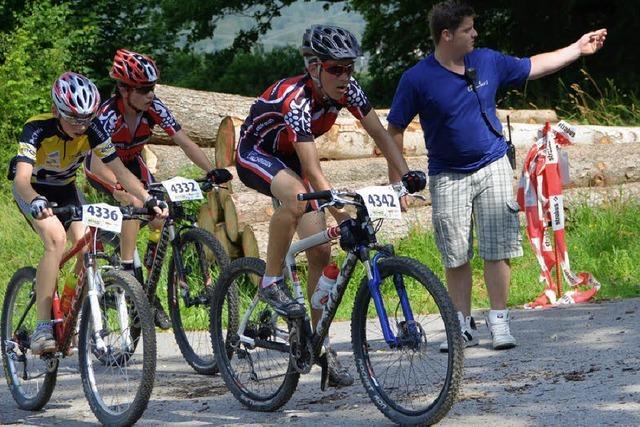 EKS-Goldenrace Bike Marathon: Mountainbiker zeigen Kampfgeist