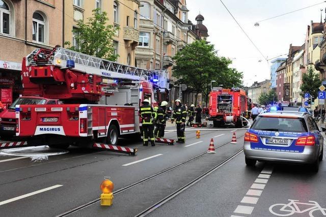 Brand an der Habsburger Straße – Behinderung bei Straßenbahn