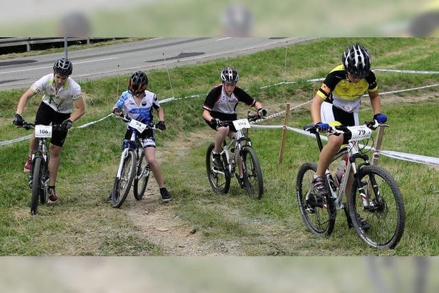 Schüler strampeln um den Landestitel im Radfahren