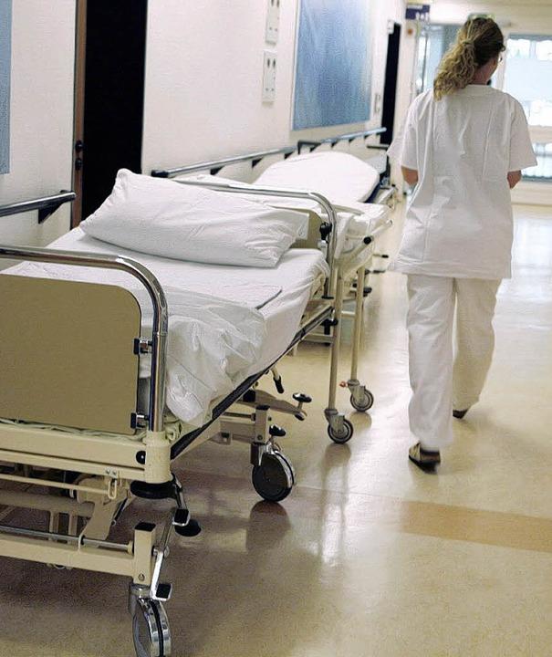 Kürzere Wege, mehr Zeit für Patienten:...n einem Krankenhaus verbessert werden?  | Foto: DPA