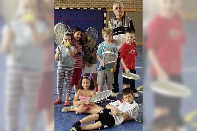 Tennisstunden in der Rheinschule