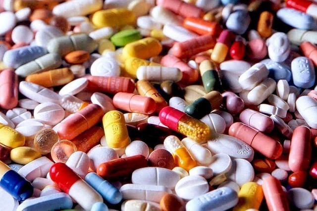 Branchenexperte Rolf Fricker: Pharmariesen tun zu wenig