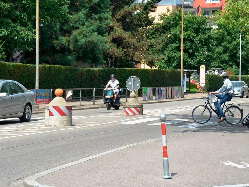 Wer Zebrastreifen auf dem Rad überquert, hat keinen Vorrang.    Foto: Matthias Maier