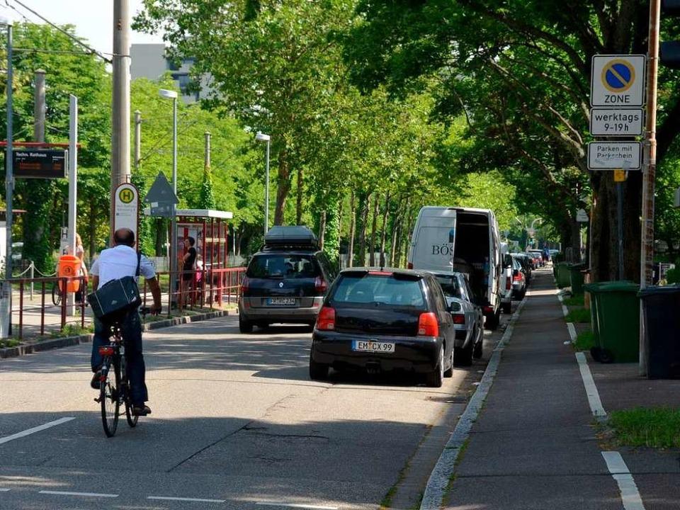 In der Fehrenbachallee muss der Radweg nicht genutzt werden.  | Foto: Matthias Maier