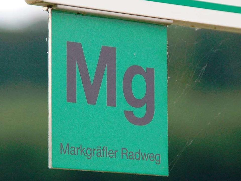 Der Markgräfler Radweg auch für den Fa...ug mit Kindern per Rad empfehlenswert.  | Foto: Langelott