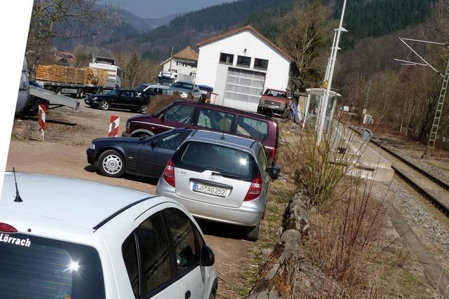Parkplatz kriegt festen Boden