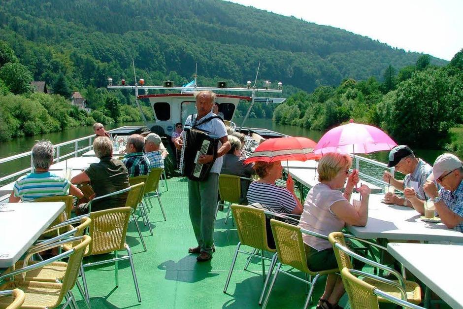 Sonne, eine romantische Schifffahrt auf dem Neckar und die romantische Altstadt Heidelbergs für die Teilnehmerinnen und Teilnehmer der BZ-Leserfahrt nach Heidelberg. (Foto: Stephan Hoferer)