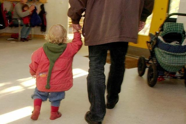 Regierung stärkt die Rechte von unverheirateten Vätern