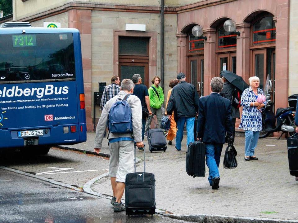 Fahrgästen fehlen Informationen.  | Foto: Ralf Staub