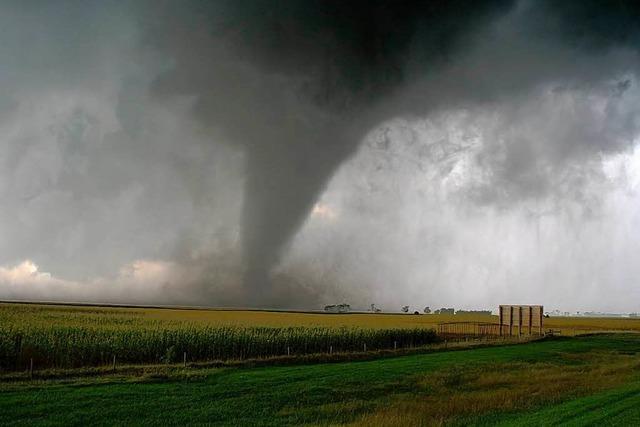 AKW müssen sich bis Ende 2013 vor Tornados schützen