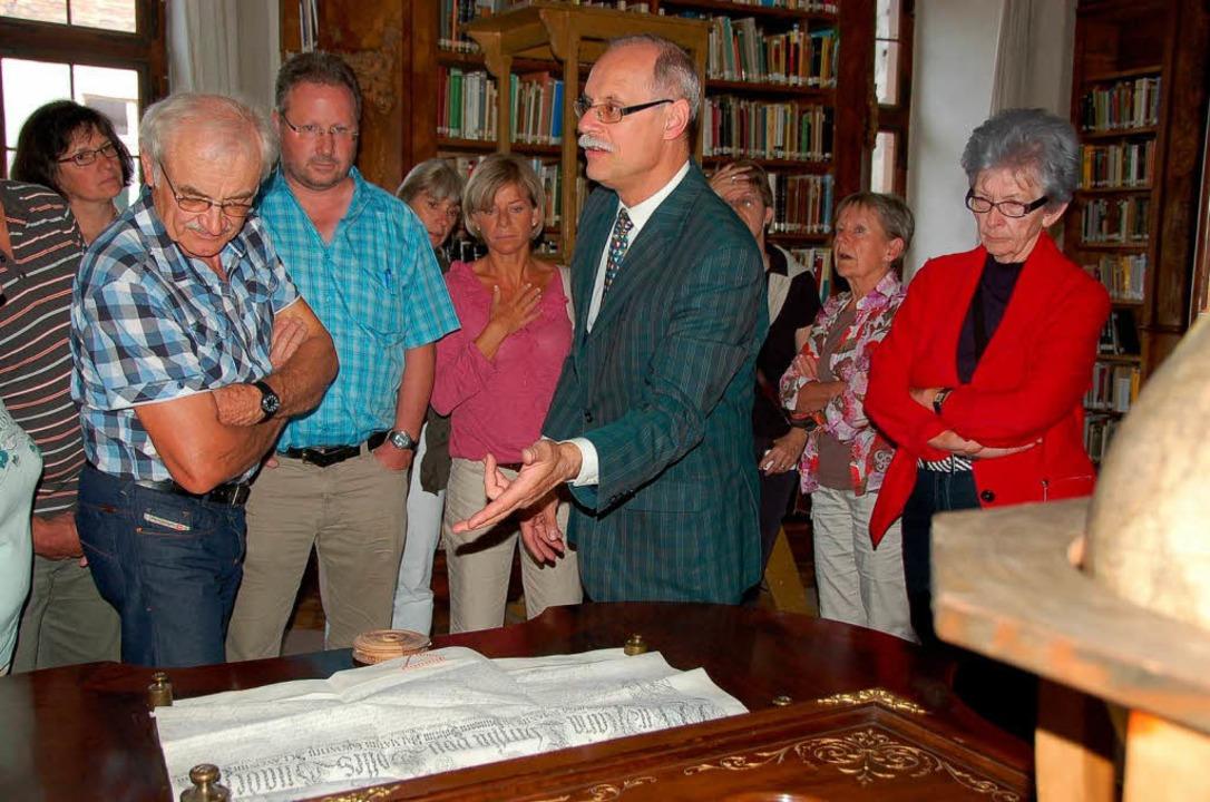 Dr. Andreas Wilts führte  durch das Fü...ürstenbergische Archiv Donaueschingen.  | Foto: Binner-Schwarz