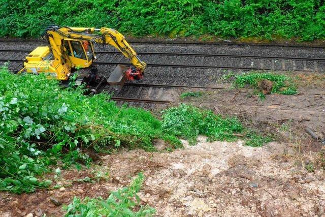 Unwetter am Hochrhein – Erdrutsch auf Bahnstrecke