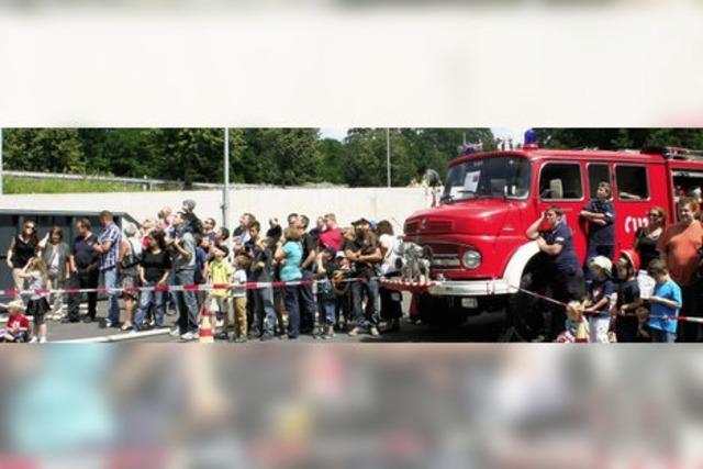 Feuerwehr demonstriert ihr Können