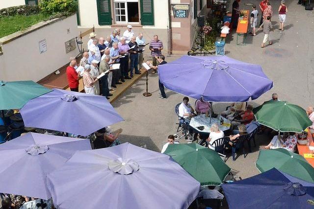 Großes Sängerfest erfreut auf dem Klosterhof