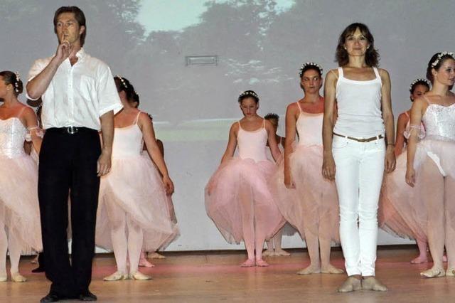 "Bad Krozinger Ballettschule ""Stage Door"" präsentiert sich"