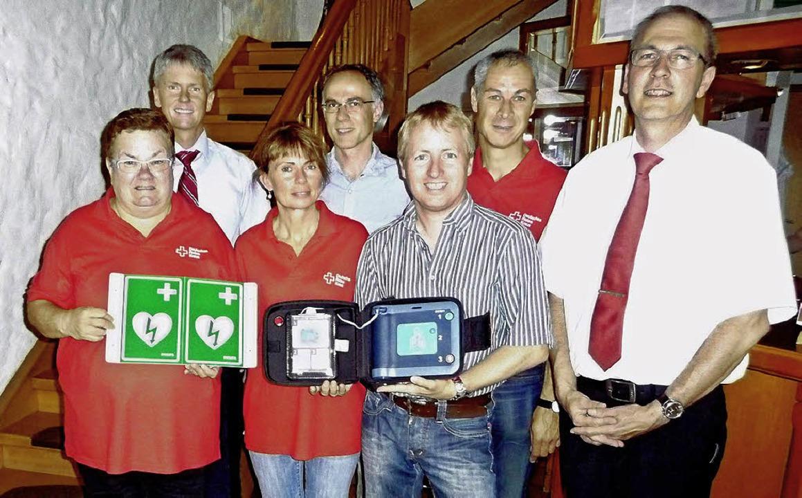 Hilfe für den Notfall: Im Staufener Re...Laiendefibrillator installiert worden.    Foto: Manfred Burkert