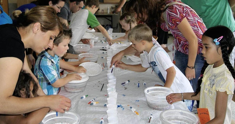 Kreativ werden und Neues ausprobieren ...nder beim Sommerfest der Rheinschule.   | Foto: Müller