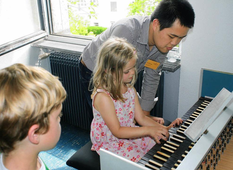 Kleine beginnen in der Musikschule.    Foto: Claudia Oltzscher