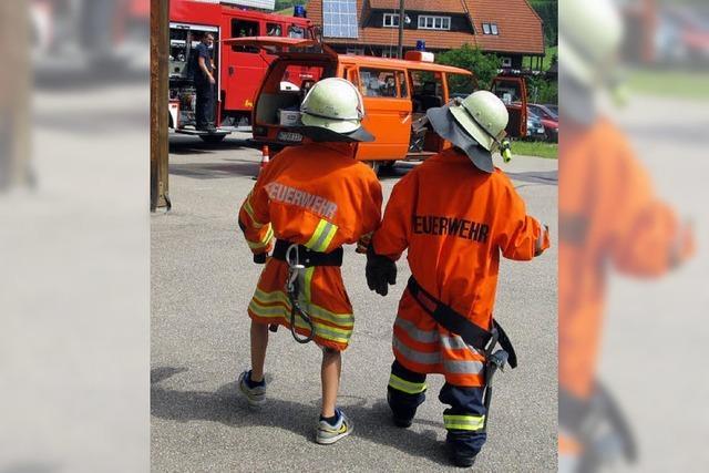 Schulunterricht in feuerfester Kleidung