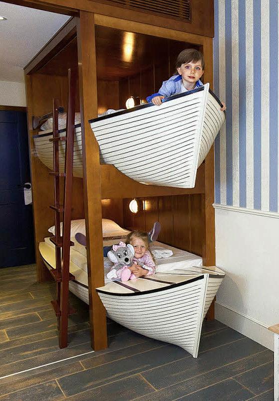 bell rock das neue hotel im europa park steht vor der. Black Bedroom Furniture Sets. Home Design Ideas