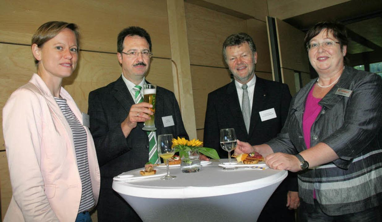 Nicht nur Hausens  Bürgermeister Marti...z, Christian Baumann und Anne Dreysel.  | Foto: Marlies Jung-Knoblich