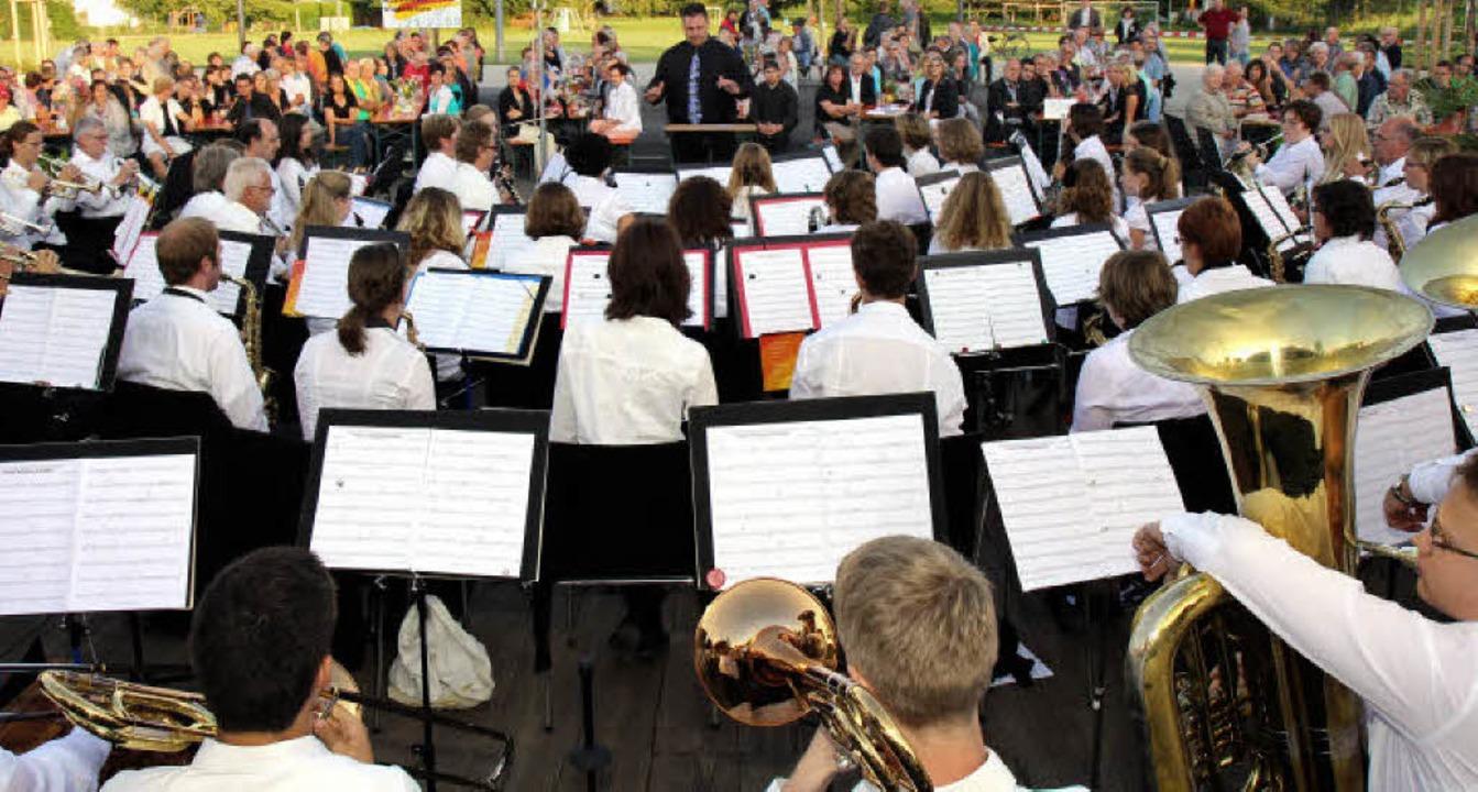 80 Musikerinnen und Musiker aus drei V...n – eine sehr gelungene Premiere  | Foto: Dagmar Barber