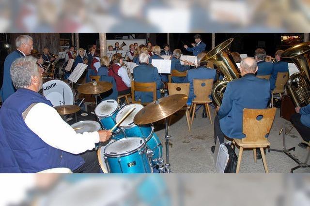Blasmusik fürs Herz beim 50.Sasbacher Waldfest