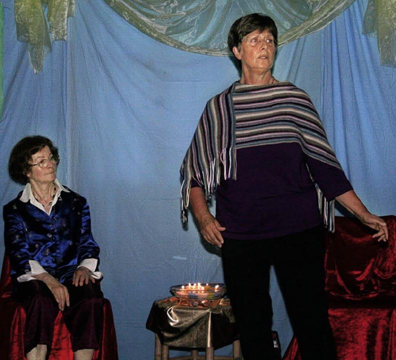 In Zelten und im Pavillon lauschten wi...Elisabeth Schneider und Siegi Rogers.   | Foto: Karin Heiss