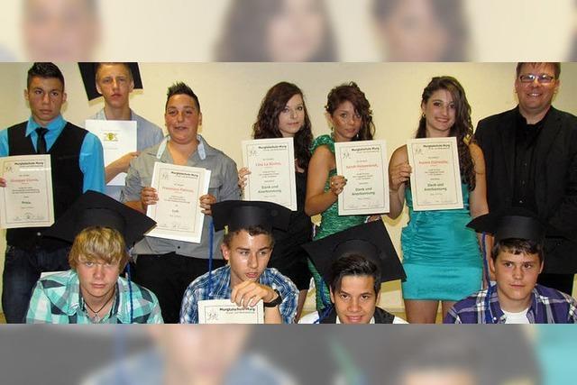 Erfolgreicher Abschluss einer schulischen Achterbahnfahrt