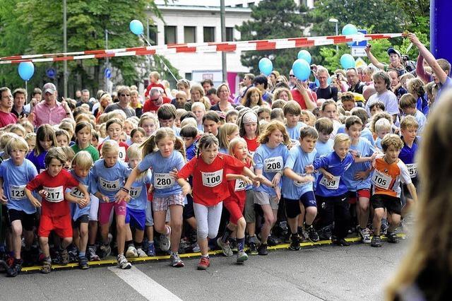 Freiburger Laufnacht ist vor allem für Kinder ein Sportereignis erster Güt
