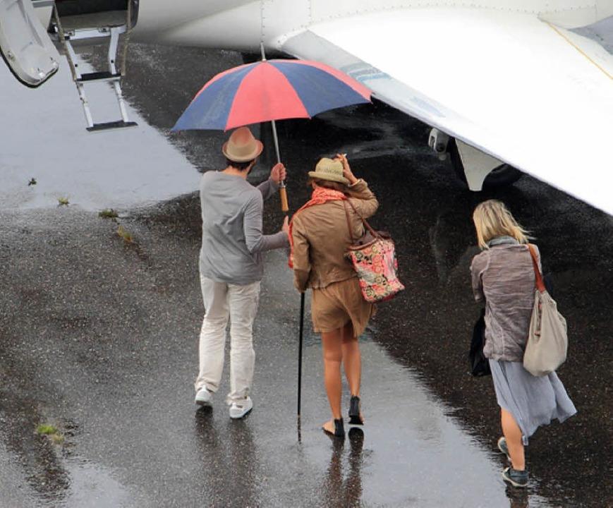 Melody Gardot (Mitte) fliegt von Freiburg nach Perugia.    Foto: Privat