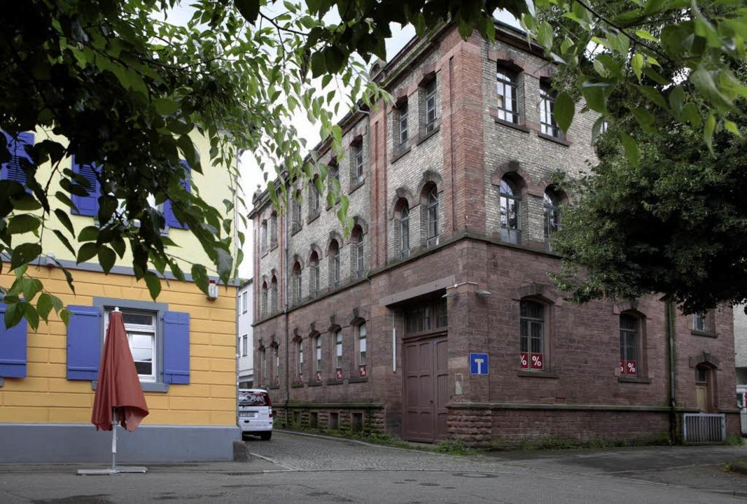 Mit der alten Tonofenfabrik an der Lah... idealer Innenstadtstandort gefunden.   | Foto: ycb