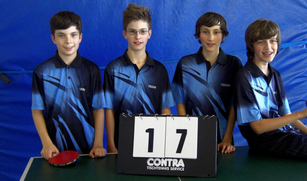Die  siegreiche Tischtennis-Schülerman...c Lang, Erik Müller und Tobias Müller.  | Foto: privat