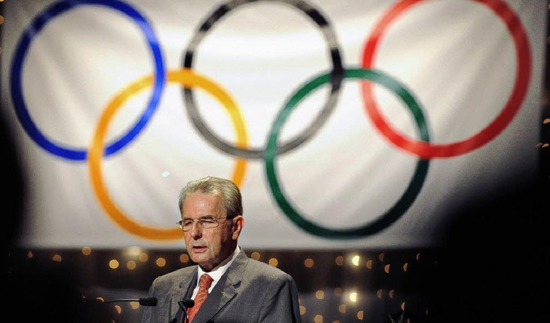 Sieht seine Hände gebunden: IOC-Präsident Rogge   | Foto: dpa/günther