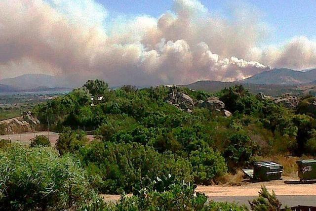 Wind facht Waldbrände auf Sardinien an
