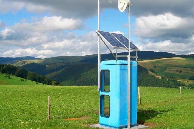Abgelegene Höfe im Münstertal: Per Telefonzelle ins Internet