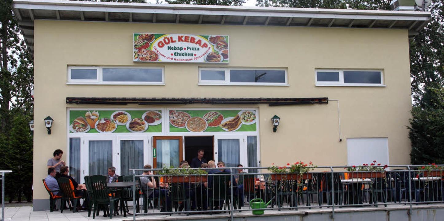 Neuer Standort im Staufener Gewerbegeb...residiert jetzt im Clubheim des FC 08.    Foto: A. Huber