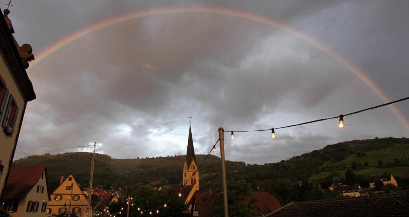 Ein großer Regenbogen überspannte das Festgelände.   | Foto: Frowalt janzer