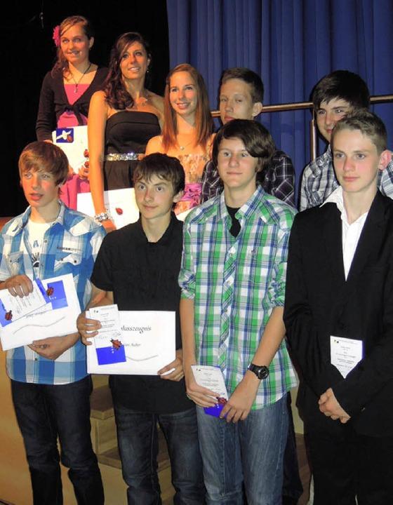 Die Preisträger (v.l.): Patricia Winte...rian Auber, Adrian Lutz,  Lukas Knörle    Foto: BZ