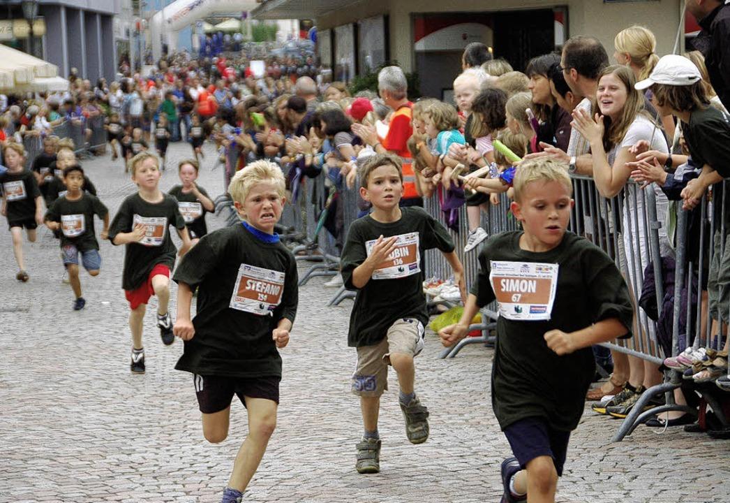 Spannende Rennen vor stattlicher Kulis...st der Altstadtlauf in Bad Säckingen.   | Foto: Archivfoto: Sahli